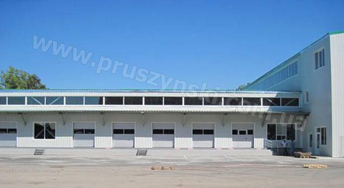 Фото 1. Быстровозводимое здание из конструкций ЛСТК Прушиньски (г. Луганск)