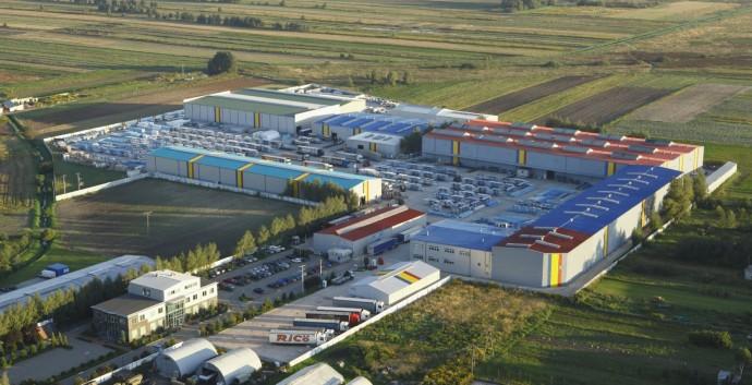 Завод «Прушиньски» под Варшавой (Польша). 2008 год.