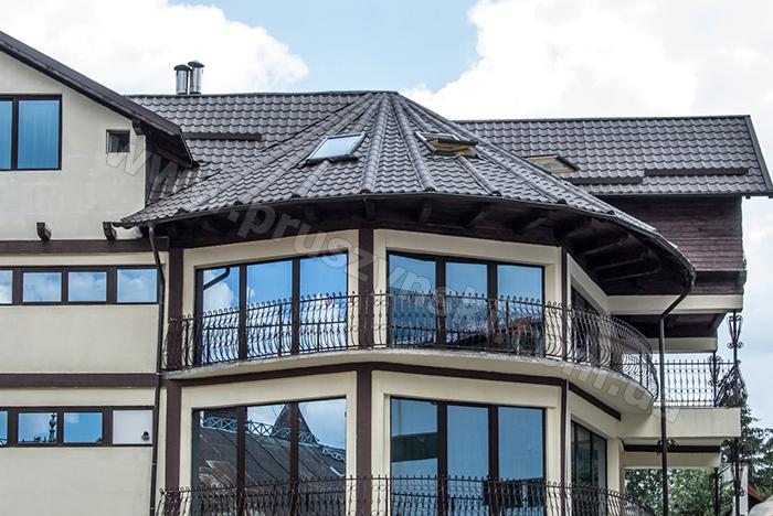 Фото 5. Крыша из металлочерепицы Крон
