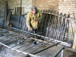 Кабанцов Е. - специалист по сварным и кованым изделиям в Понорнице