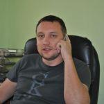Денис, директор