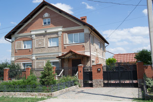 Прушиньски Николаев, частный дом, Водосток вавин, кровельные акссесуары 8017