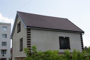 Прушиньски Николаев, частный дом, профнастил Т6 9003, водосток Вавин, Шафир 8017